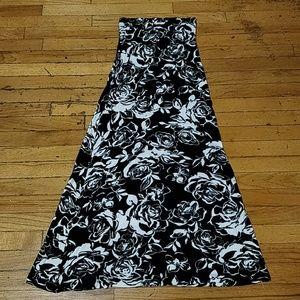 DNA Cotoure Maxi Skirt S